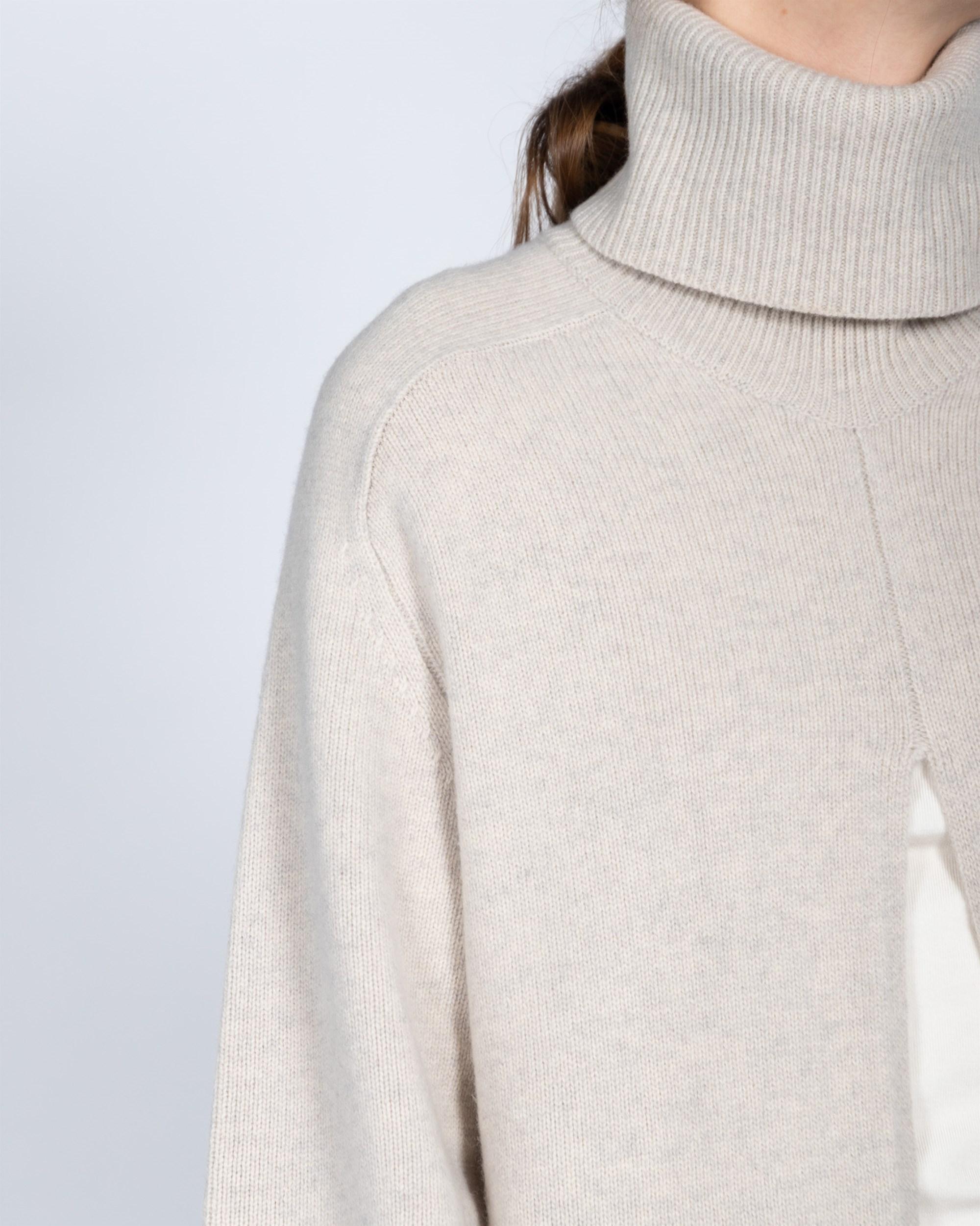 Short boucl\u00e8 wool dress